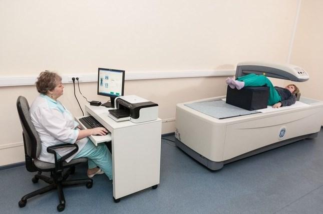 Аппаратная диагностика остеопороза позвоночника