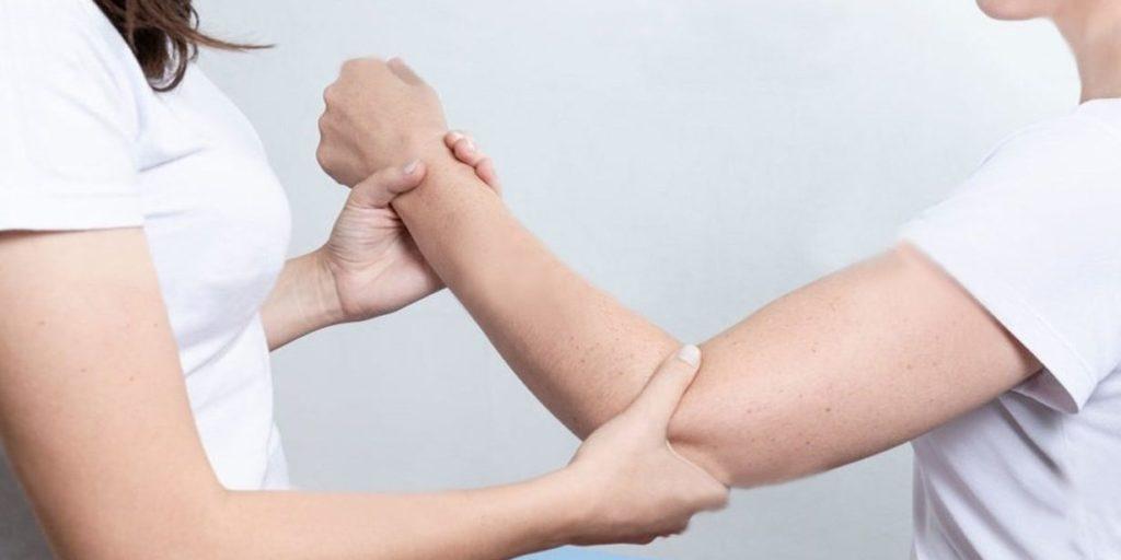 болит рука после перелома чем мазать