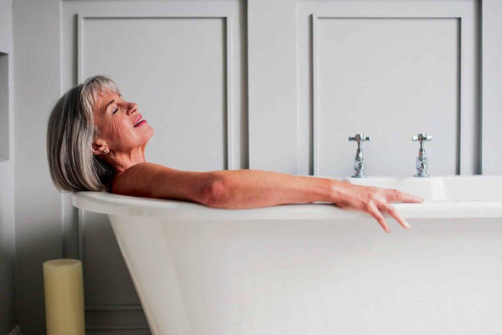 Лечение ревматоидного артрита народными средствами: ванны